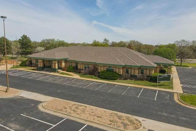 723 N Mclean Blvd, Wichita, KS 67203 (MLS #596722) :: Keller Williams Hometown Partners