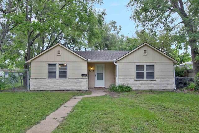 1744 S Dodge, Wichita, KS 67213 (MLS #596977) :: Keller Williams Hometown Partners