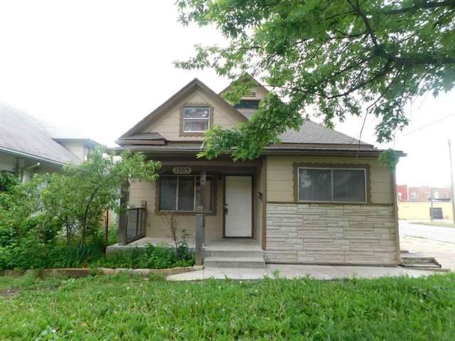 1203 S Topeka, Wichita, KS 67211 (MLS #597031) :: Kirk Short's Wichita Home Team