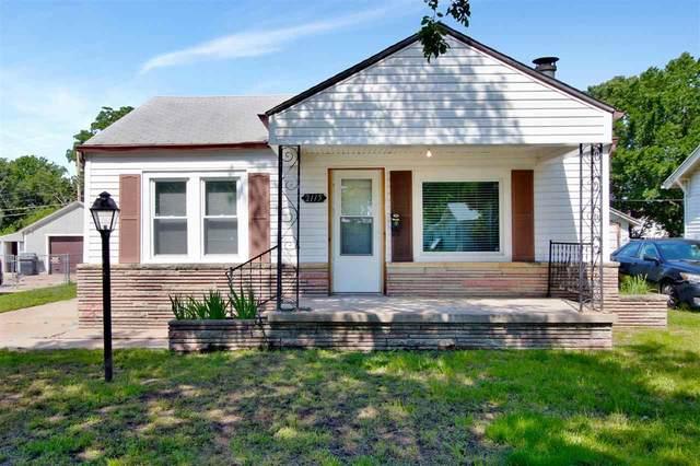 2115 S Waco Ave, Wichita, KS 67213 (MLS #597041) :: COSH Real Estate Services