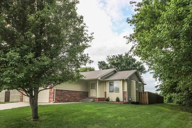 426 E Hickory St, Mulvane, KS 67110 (MLS #597050) :: COSH Real Estate Services
