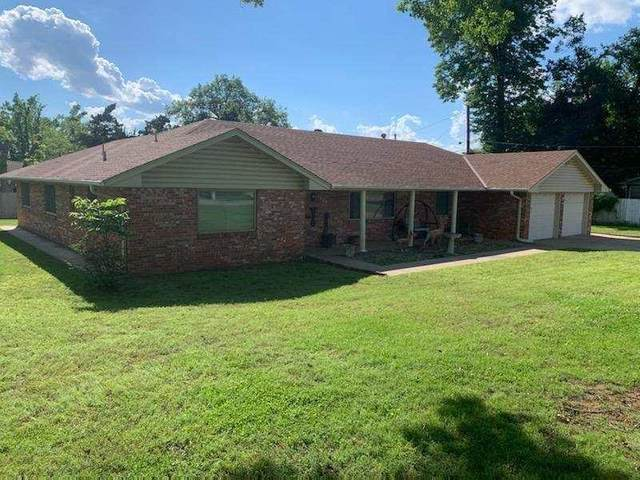 1406 Monument Rd, Ponca City, OK 74604 (MLS #597445) :: The Boulevard Group
