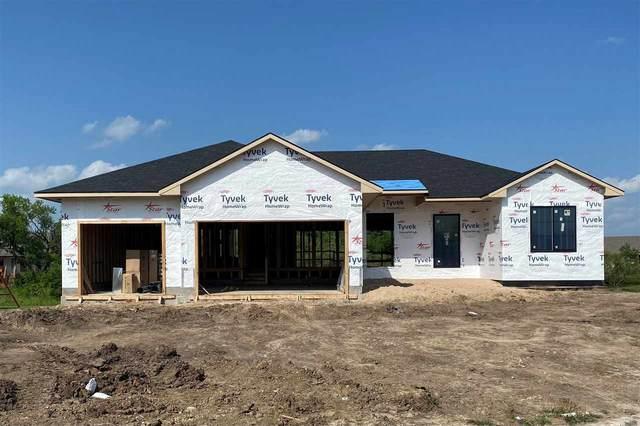 1438 N Shadow Rock, Andover, KS 67002 (MLS #597466) :: COSH Real Estate Services