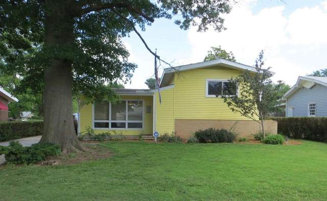 322 Western Ave, Haysville, KS 67060 (MLS #597476) :: Graham Realtors