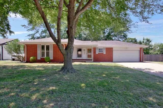1001 S Cypress St, Wichita, KS 67207 (MLS #597709) :: COSH Real Estate Services