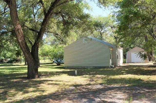 805 E 57TH ST S, Wichita, KS 67216 (MLS #597727) :: Graham Realtors