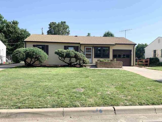 1407 E Crowley St, Wichita, KS 67216 (MLS #597810) :: Kirk Short's Wichita Home Team