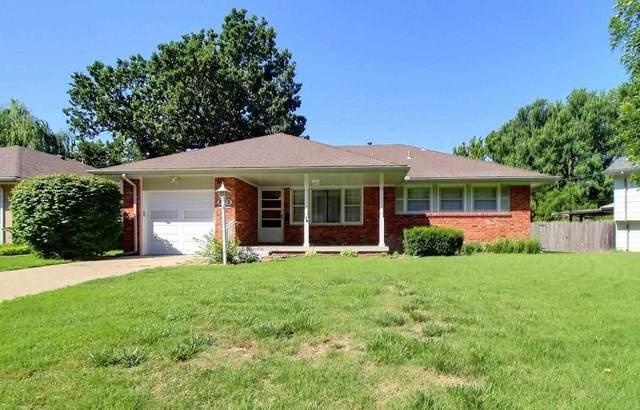 823 E English Ct, Derby, KS 67037 (MLS #597818) :: Kirk Short's Wichita Home Team