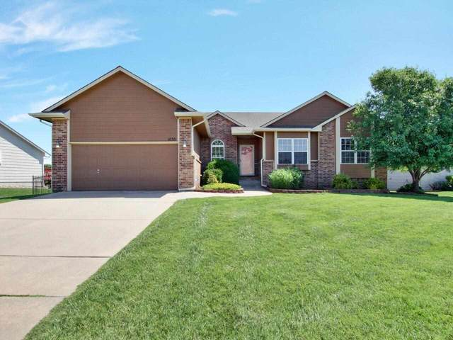 1030 N Bristol, Wichita, KS 67206 (MLS #597832) :: Graham Realtors