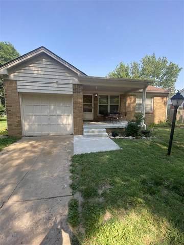 1138 Prairie Park Rd, Wichita, KS 67218 (MLS #597900) :: Kirk Short's Wichita Home Team