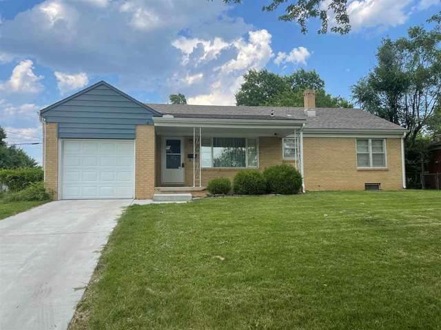 1102 Inverness Dr, Wichita, KS 67218 (MLS #597988) :: Keller Williams Hometown Partners