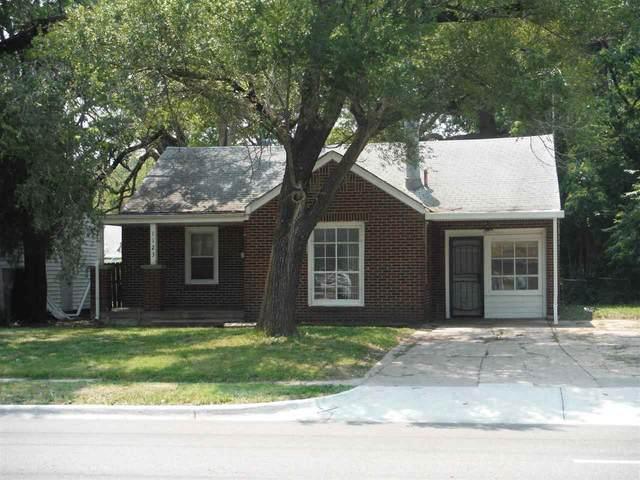 1123 N Oliver, Wichita, KS 67208 (MLS #598089) :: Matter Prop