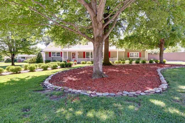 8201 E Willowbrook, Wichita, KS 67207 (MLS #598098) :: Keller Williams Hometown Partners