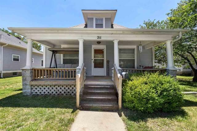 211 W 12th Ave, Hutchinson, KS 67501 (MLS #598104) :: Kirk Short's Wichita Home Team