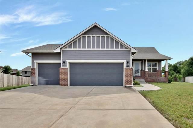 10602 W Greenfield Cir, Wichita, KS 67215 (MLS #598114) :: COSH Real Estate Services