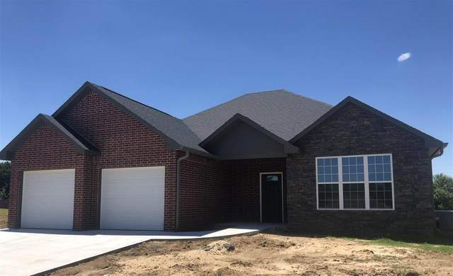 114 Castle Pines Drive, Arkansas City, KS 67005 (MLS #598152) :: The Boulevard Group