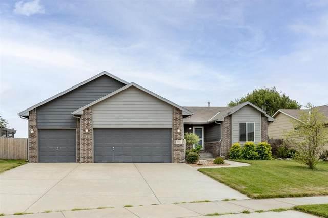 11520 W Cedar Lane, Maize, KS 67101 (MLS #598178) :: COSH Real Estate Services