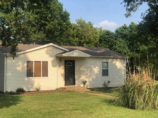 402 S Church St, Udall, KS 67146 (MLS #598188) :: COSH Real Estate Services