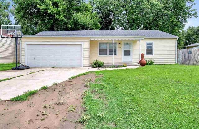 242 N Maynard Ave, Haysville, KS 67060 (MLS #598588) :: Kirk Short's Wichita Home Team