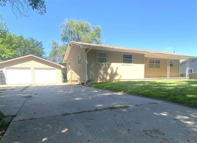 424 N Massachusetts Ave, Anthony, KS 67003 (MLS #598843) :: COSH Real Estate Services