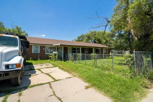 3101 S Hydraulic Ave, Wichita, KS 67216 (MLS #598901) :: The Boulevard Group