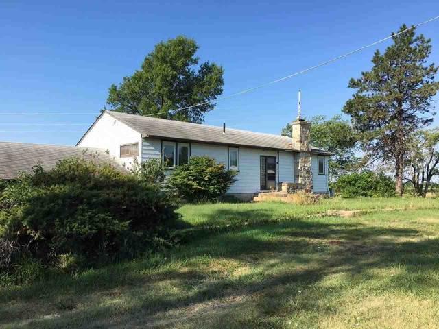 4322 N Hesston Rd, Newton, KS 67114 (MLS #598930) :: Kirk Short's Wichita Home Team