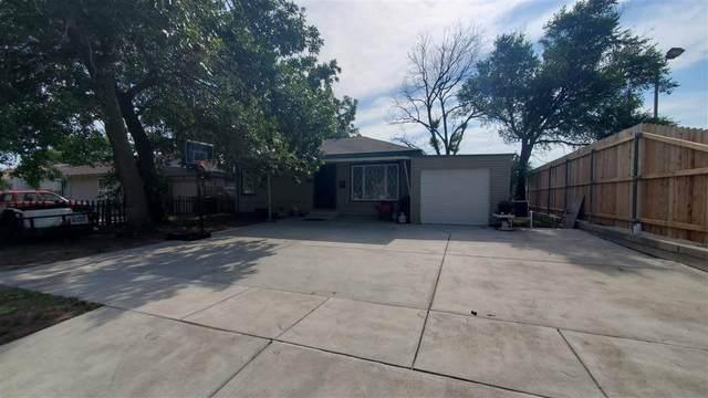 533 S Pinecrest St, Wichita, KS 67218 (MLS #598976) :: The Boulevard Group