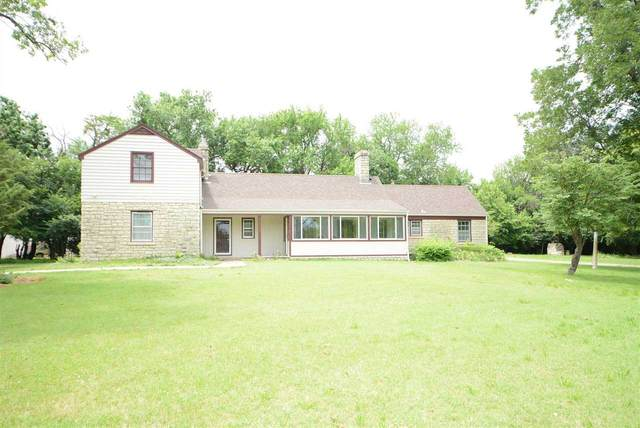 9 Crestview Lakes Est, Wichita, KS 67220 (MLS #599064) :: Kirk Short's Wichita Home Team