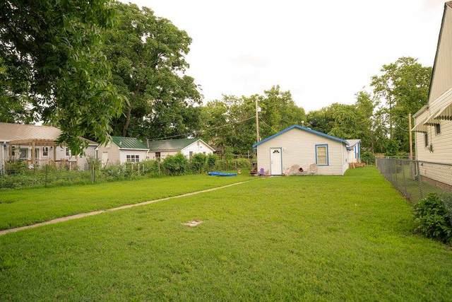 1212 S Dodge Ave, Wichita, KS 67213 (MLS #599094) :: Kirk Short's Wichita Home Team