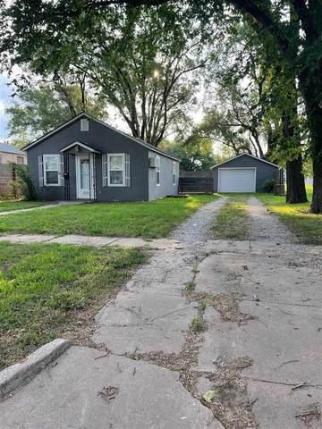 425 S Lincoln Ave, Anthony, KS 67003 (MLS #599096) :: Kirk Short's Wichita Home Team