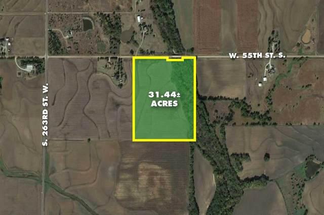 31.44 +/- Acres @ 263rd & 55th, Viola, KS 67149 (MLS #599255) :: Pinnacle Realty Group