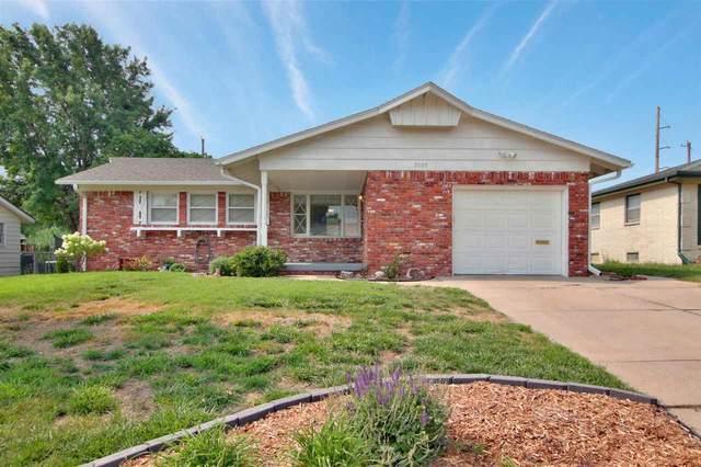 8009 E Clay St, Wichita, KS 67207 (MLS #599542) :: Pinnacle Realty Group