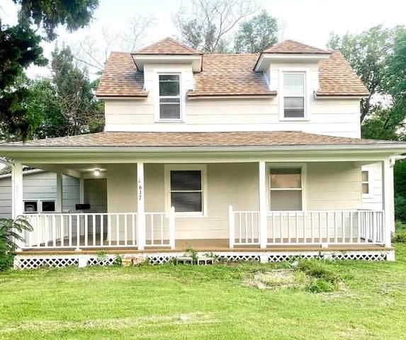 617 W Towanda Ave, El Dorado, KS 67042 (MLS #599574) :: Kirk Short's Wichita Home Team