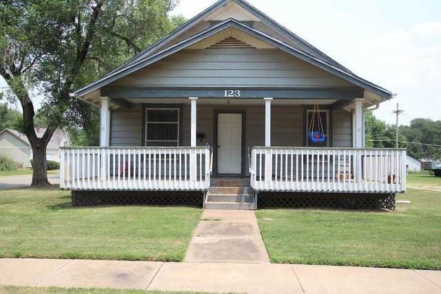 123 N Franklin Ave, Anthony, KS 67003 (MLS #599626) :: Kirk Short's Wichita Home Team