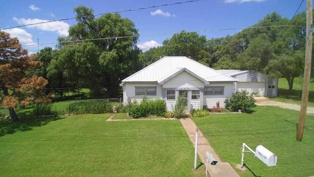 1202 S Cherry St, Wellington, KS 67152 (MLS #599717) :: Pinnacle Realty Group