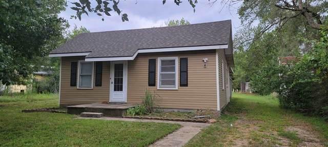 1407 S 4th St, Arkansas City, KS 67005 (MLS #599790) :: Pinnacle Realty Group