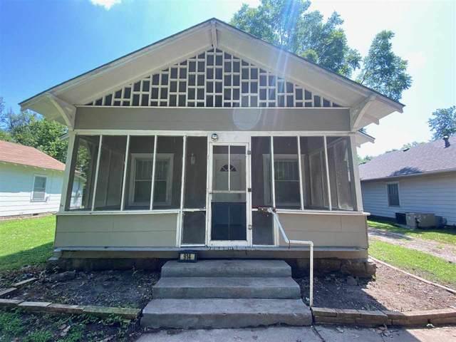 914 S 3rd St, Arkansas City, KS 67005 (MLS #599791) :: Keller Williams Hometown Partners