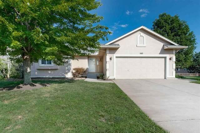 2734 N Meadow Oaks Ct, Wichita, KS 67220 (MLS #600023) :: COSH Real Estate Services