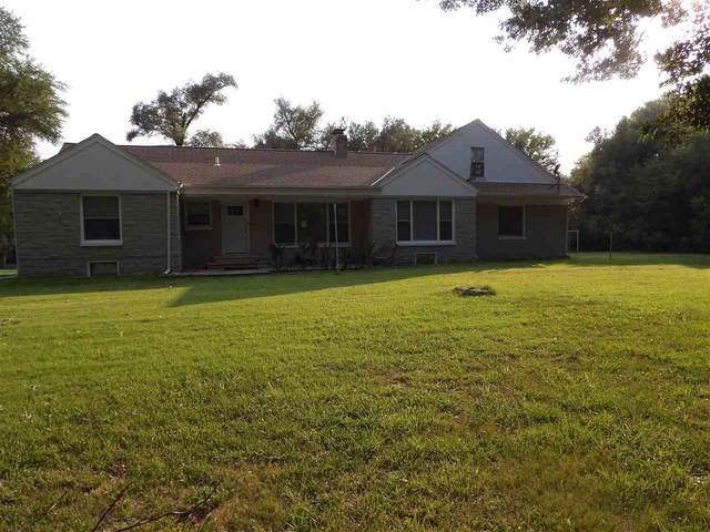 3722 E Elmwood Dr, Wichita, KS 67218 (MLS #600089) :: Keller Williams Hometown Partners