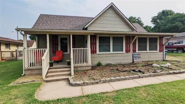 102 E Kelly Ave, Augusta, KS 67010 (MLS #600258) :: COSH Real Estate Services
