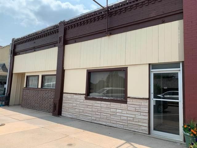 223/225 N Main Street, Cheney, KS 67025 (MLS #600587) :: Pinnacle Realty Group