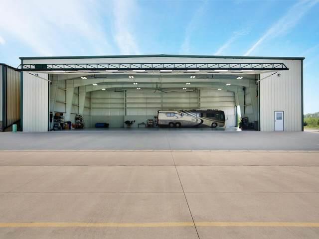 1360 Aviator Ln, Benton, KS 67017 (MLS #600608) :: Matter Prop