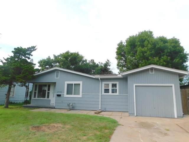 1716 W 30TH ST S, Wichita, KS 67217 (MLS #600702) :: COSH Real Estate Services