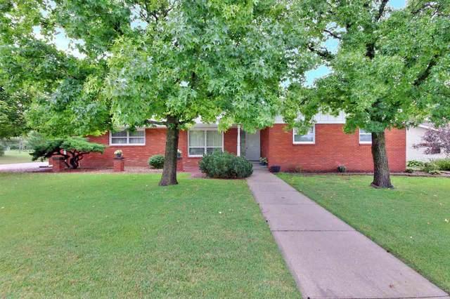 306 Willow Rd, Hillsboro, KS 67063 (MLS #600825) :: Kirk Short's Wichita Home Team