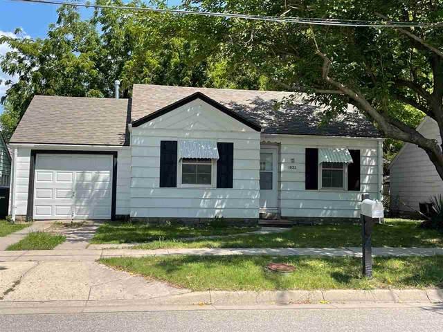 1022 N High, Newton, KS 67114 (MLS #600839) :: Kirk Short's Wichita Home Team