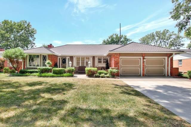 435 N Armour St, Wichita, KS 67206 (MLS #600919) :: Kirk Short's Wichita Home Team