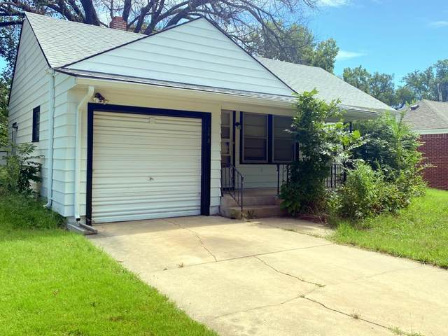 1348 N Crestway St, Wichita, KS 67208 (MLS #601138) :: Matter Prop