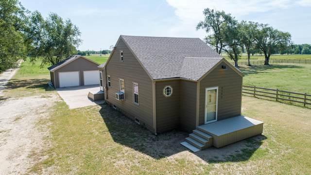 9202 S Broadway Ave, Haysville, KS 67060 (MLS #601439) :: COSH Real Estate Services