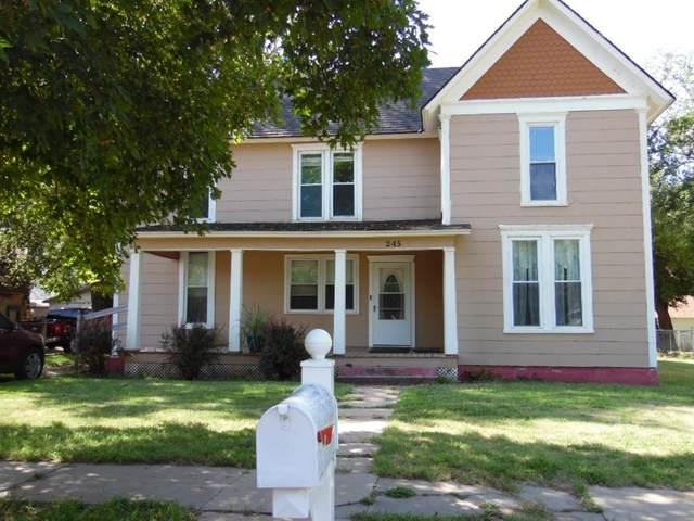 245 W B Ave, Kingman, KS 67068 (MLS #601453) :: The Terrill Team