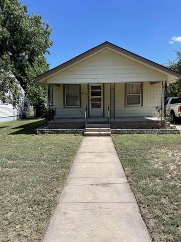1902 N Monroe St, Hutchinson, KS 67502 (MLS #601743) :: Pinnacle Realty Group